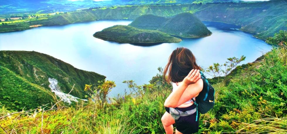 hiking-cuicocha-crater-ecuador